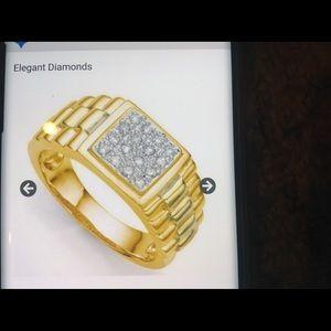 Ladies elegant diamonds size 7 ring